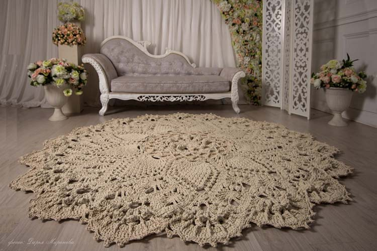 Фото вязаных ковриков.